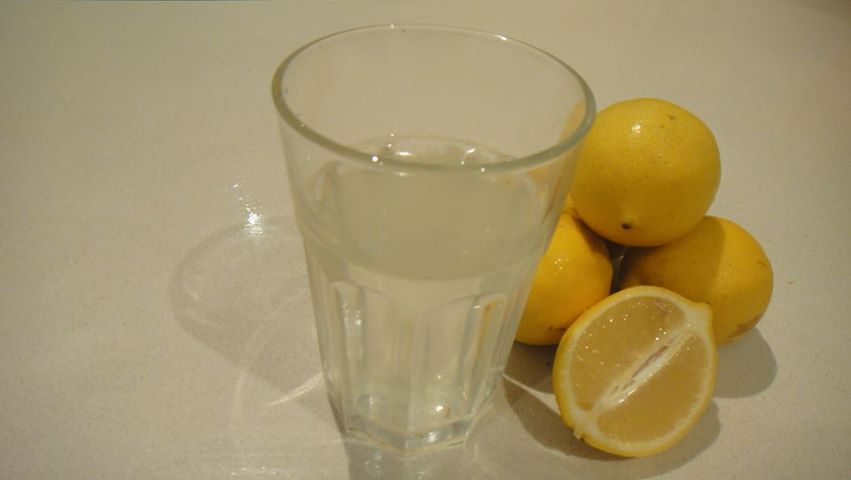 Lemon water for spring